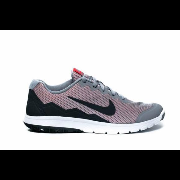 Women s Nike Flex Experience Rn 4. M 5ae642ac84b5ce92d996132d 73b73bed9